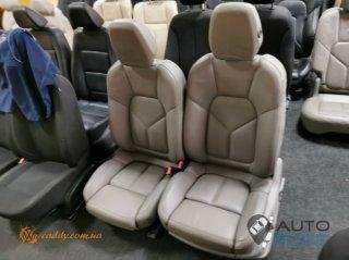 Porsche Cayenne - кожаный салон