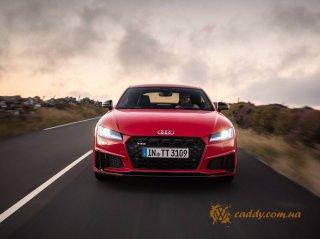 Audi TTS - офисное автокресло