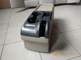 Honda CR-V центральная консоль (тумба)