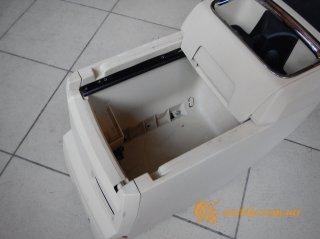 VW Routan - центральная консоль