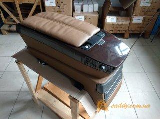 BMW7 E65/66 - подлокотник со столиком