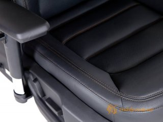 Mazda CX5 - офисное автокресло