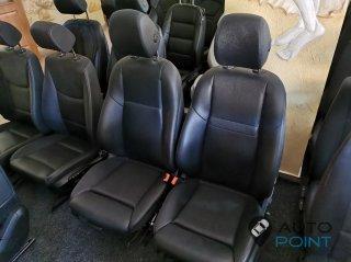 Mercedes E213 - кожаные передние сиденья