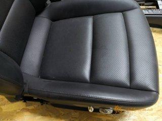 Porsche Panamera - кожаный спортивный салон