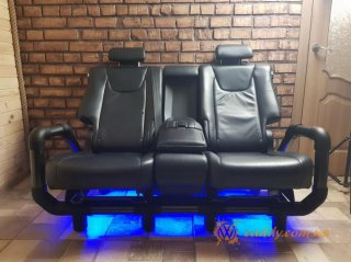 Lexus RX - автодиван