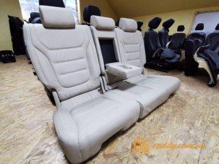 Volkswagen Touareg - кожаный салон