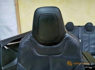 Tesla Model S - кожаный салон