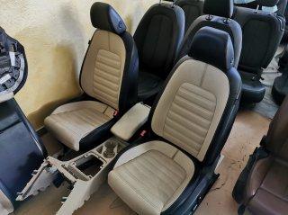 Volkswagen Passat CC - кожаный салон