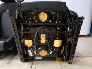 VW Scirocco - передние откидные сиденья